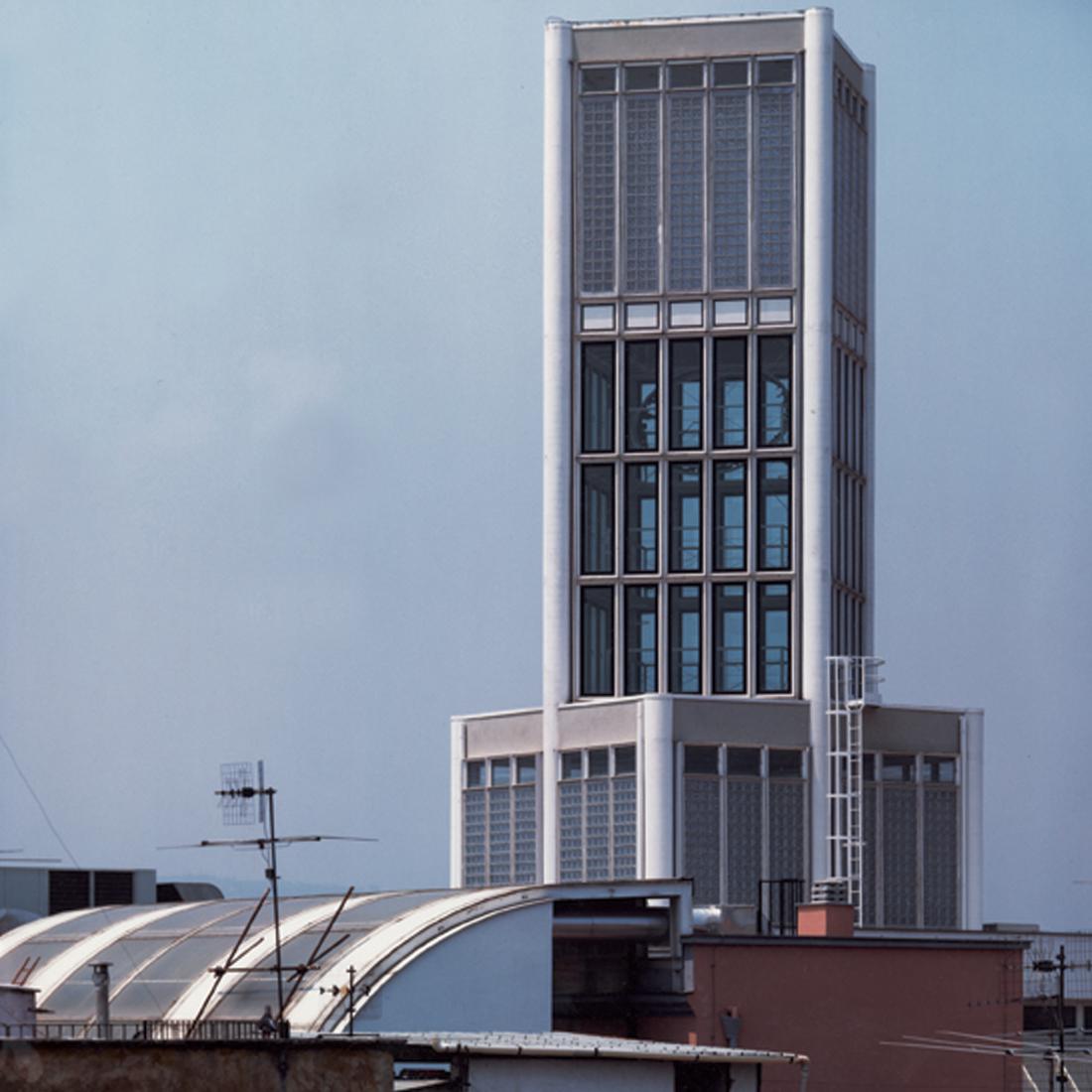 Torre_Dell_Orologio_Ponticelli_Esterno_02_1100